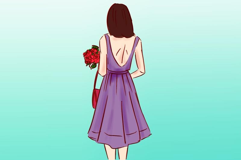 жена лилава рокля