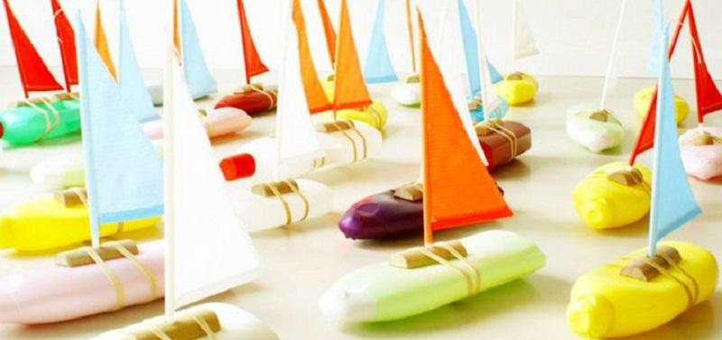 Лодки от пластмасови опаковки