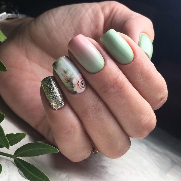 омбре в пастелно зелено и розово