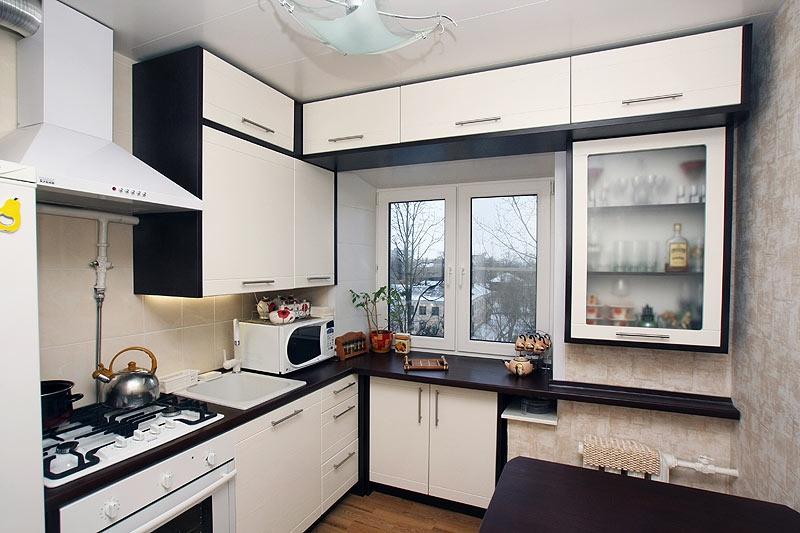 кухня на прозорец