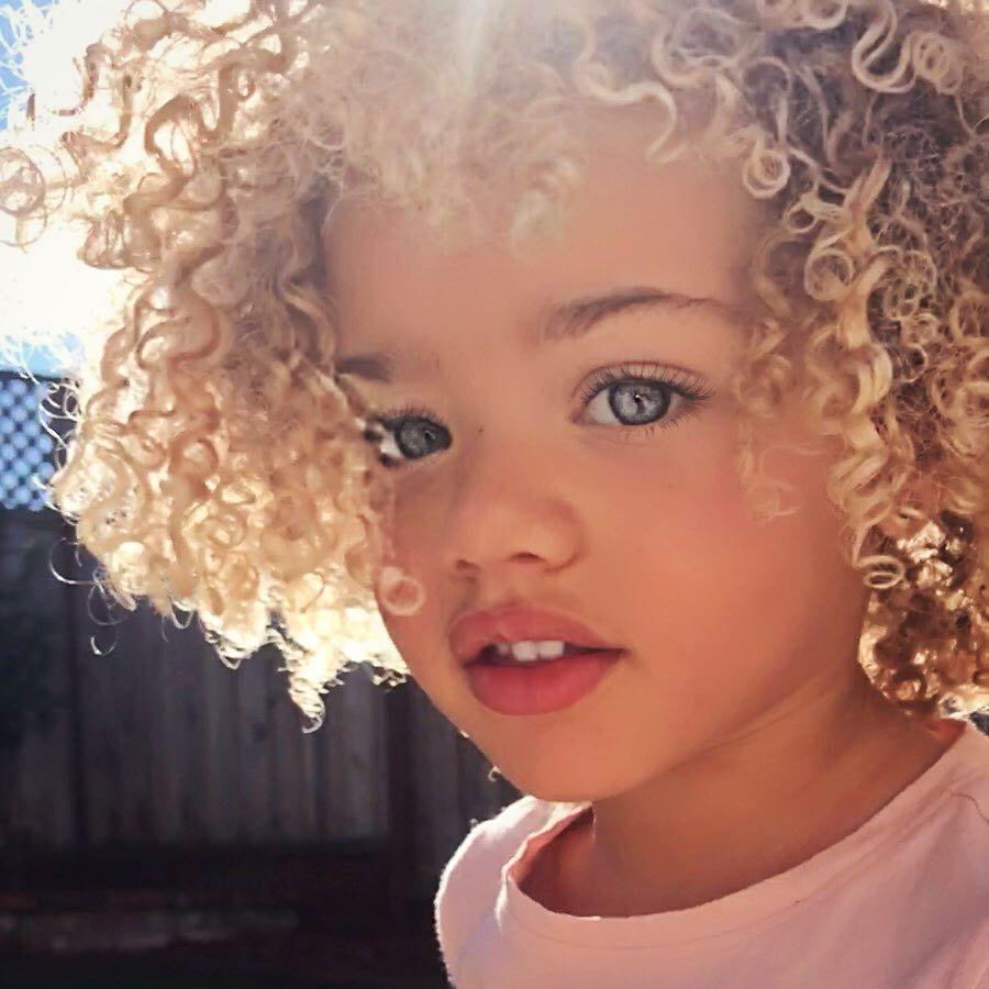 невероятно красиво дете