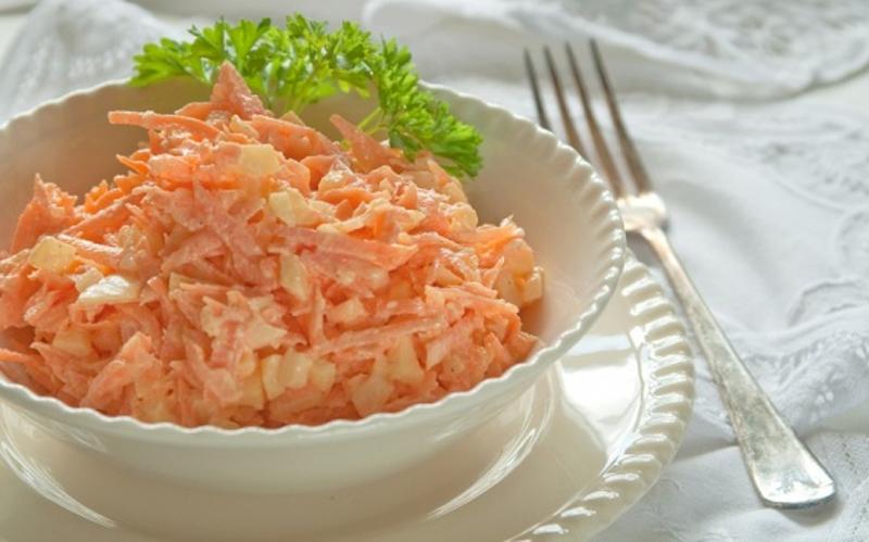 салата с яйца и морков