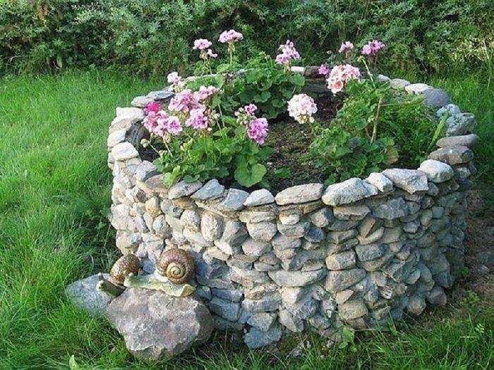 кладенец с камъчета