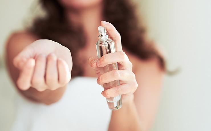 нанасяне парфюм