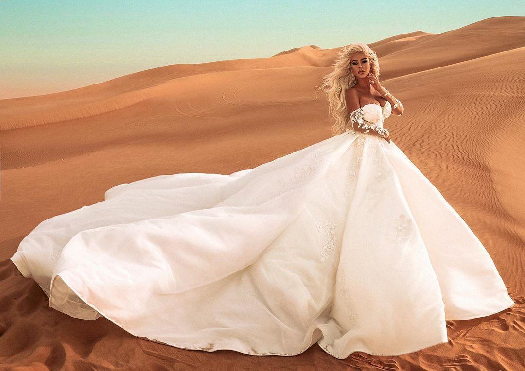 Андреа булченска рокля