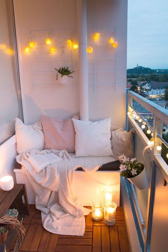 романтично кътче на балкона