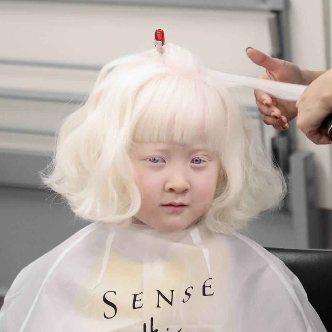 азиатка албинос