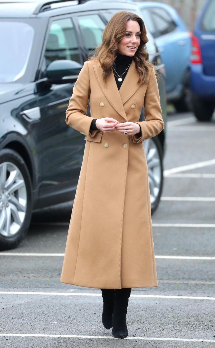Кейт Мидълтън палто