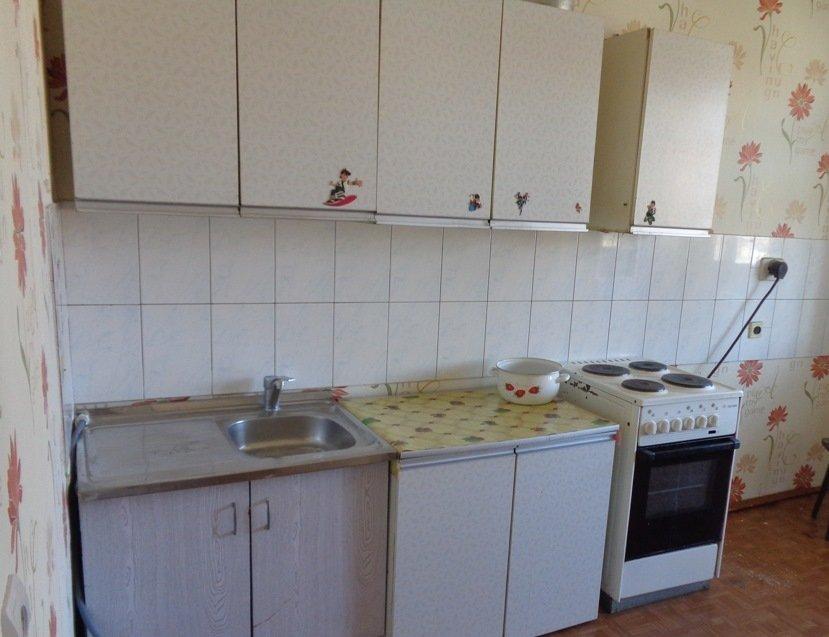 как да украсим старите кухненски мебели