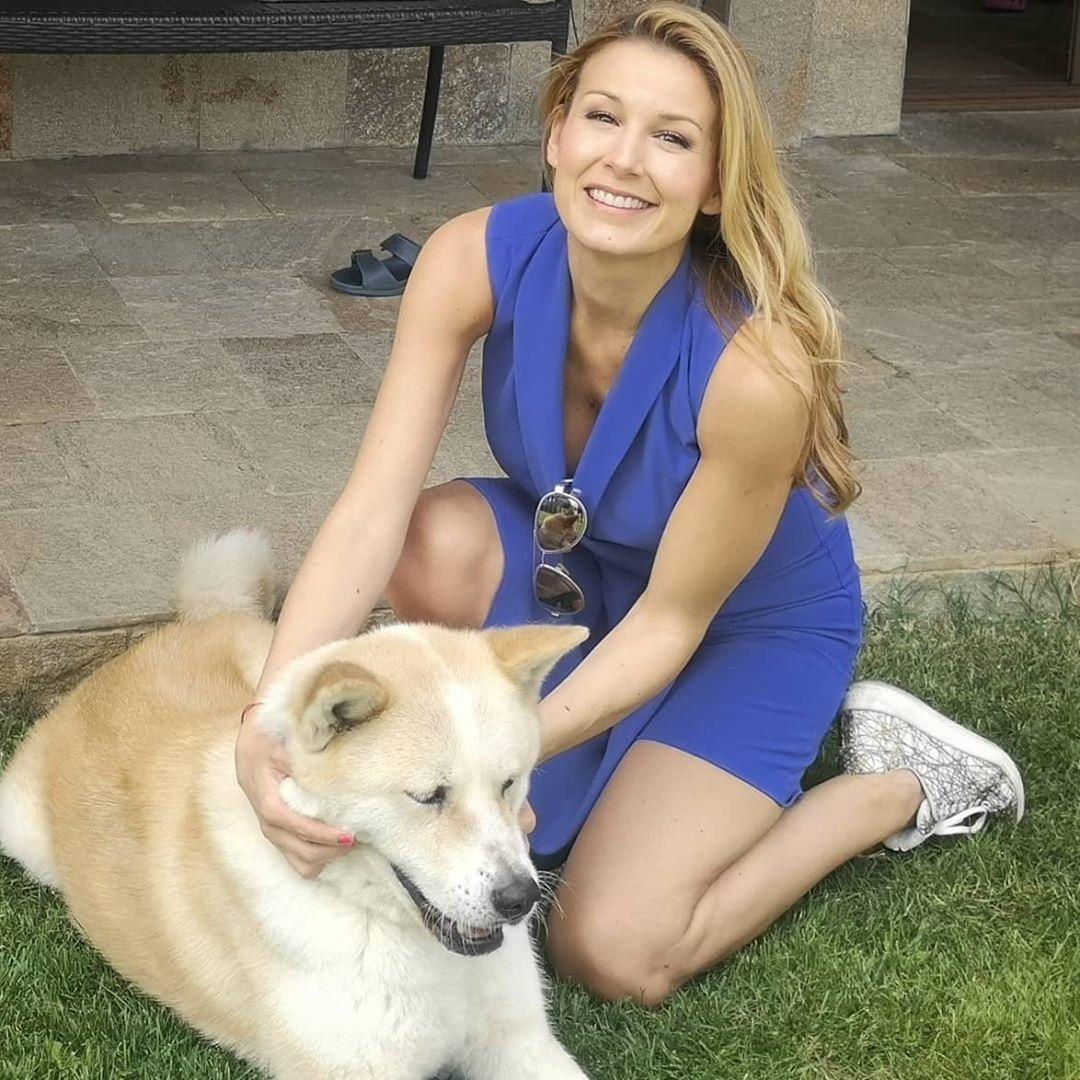 Николета Маданска куче