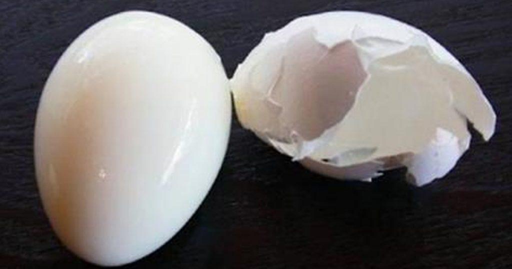 обелено яйце