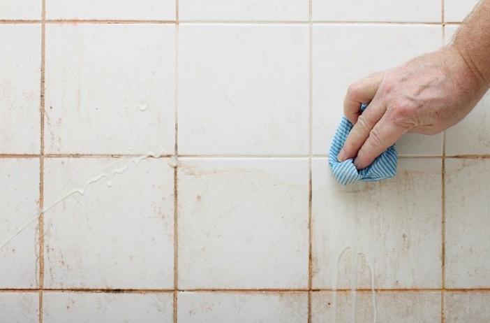 как да почистим плочките