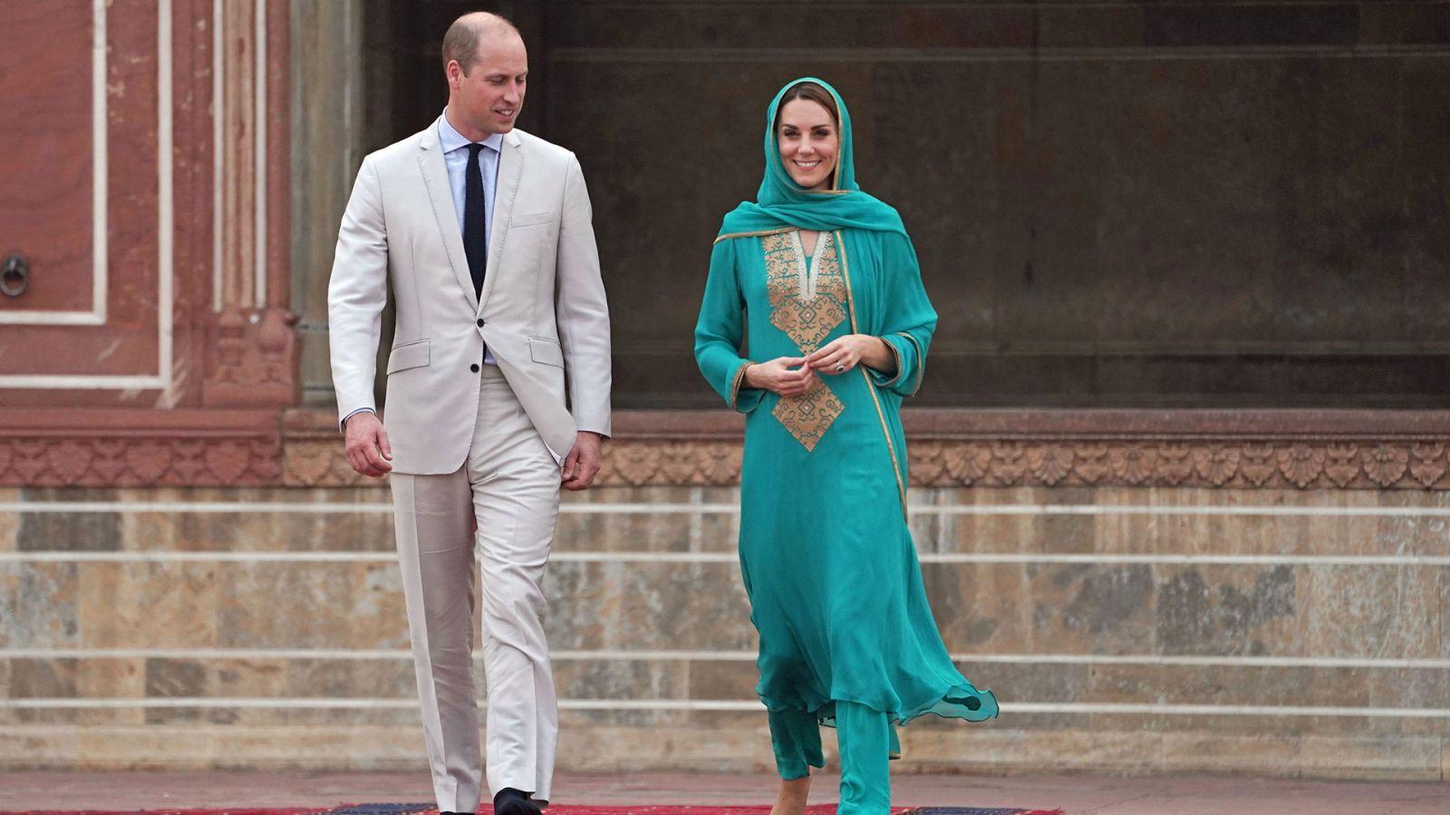 Кейт и Уилям в джамия