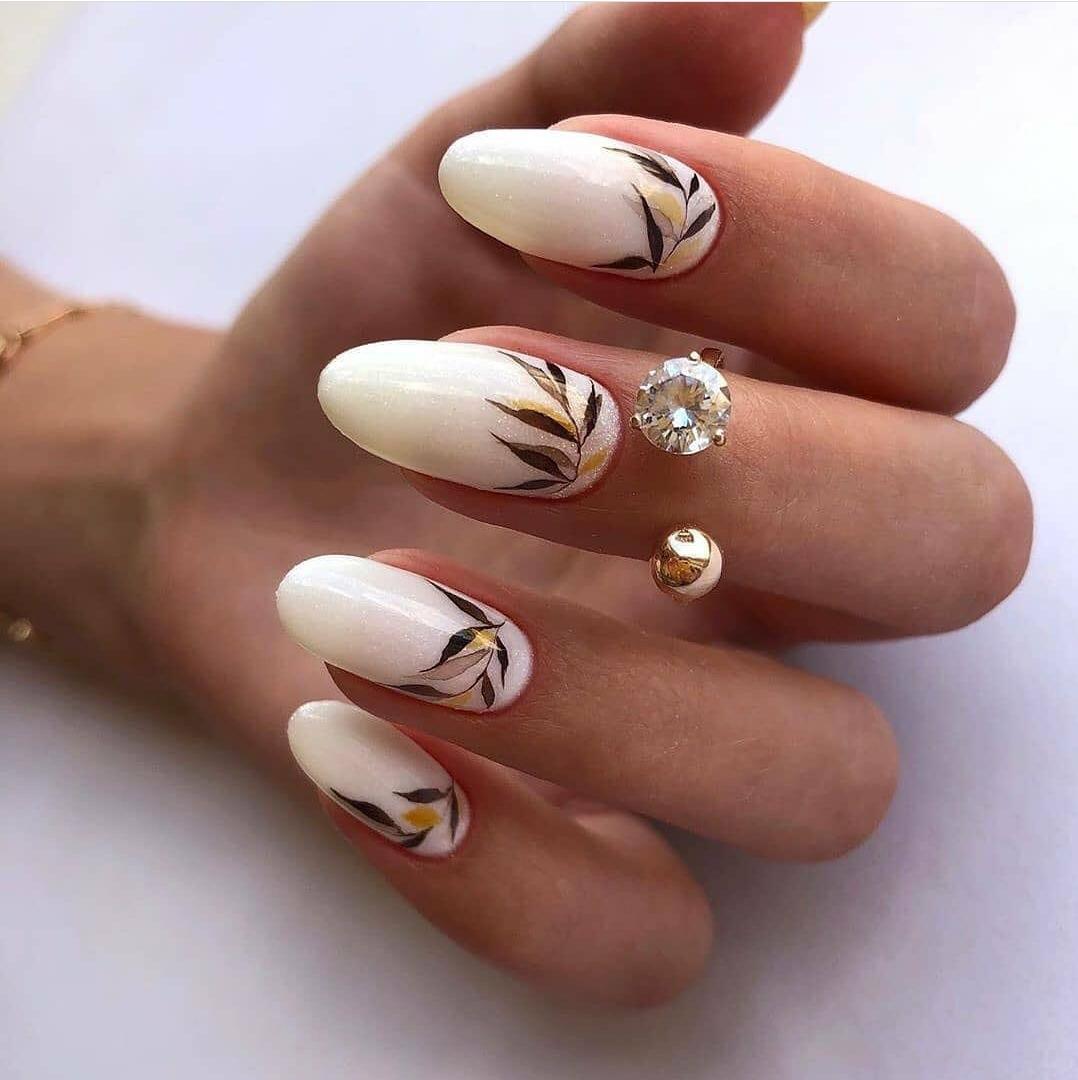 есенен дизайн дълги нокти