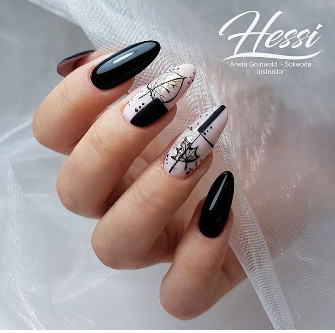 великолепни нокти черно и бяло