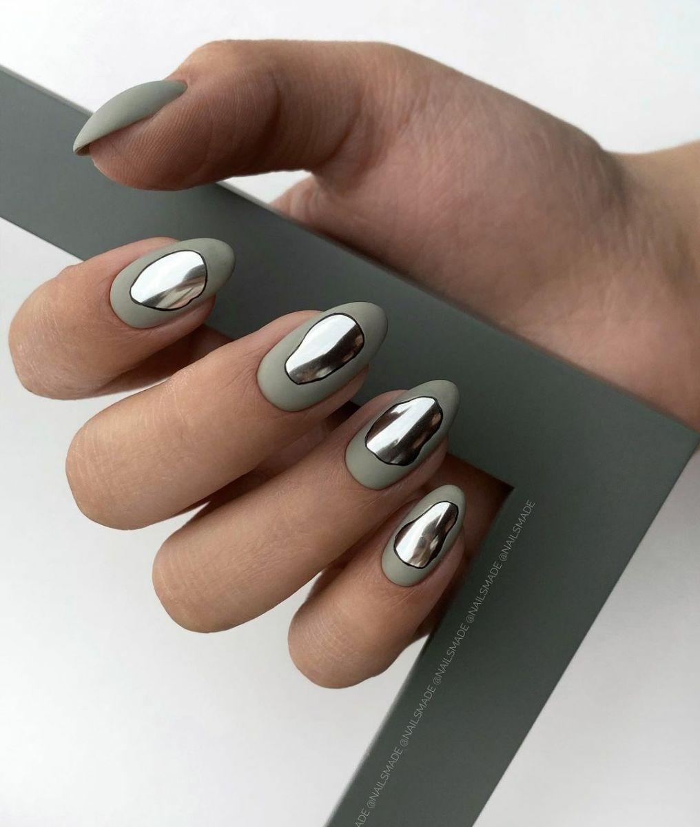 маникюр течно сребро