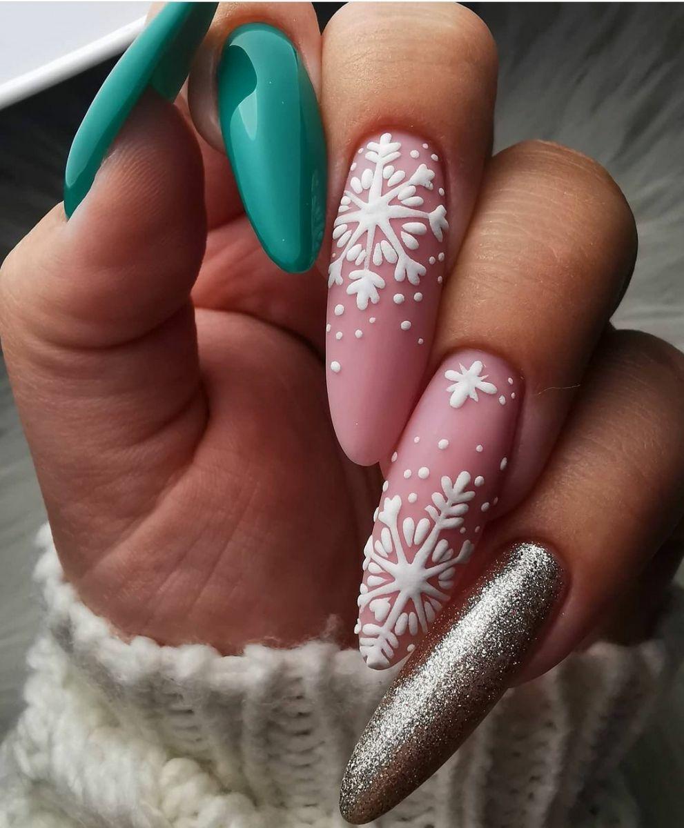 великолепен зимен маникюр дълги нокти