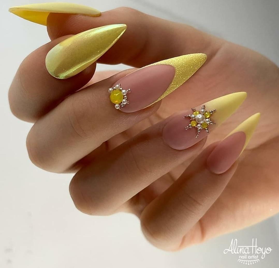 жълт маникюр принцеси