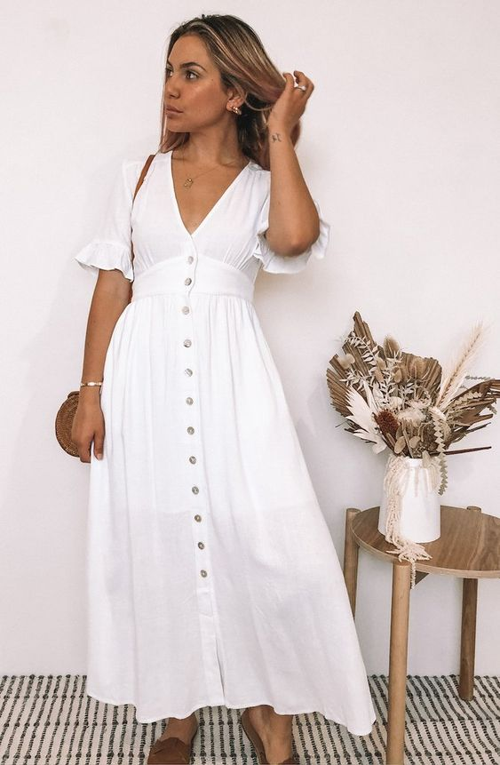 свободна лятна рокля в бяло