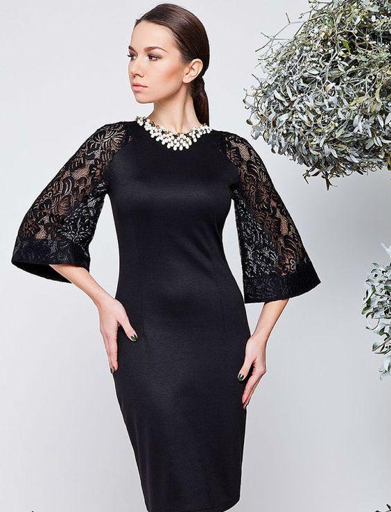 черна рокля с дантелен ръкав