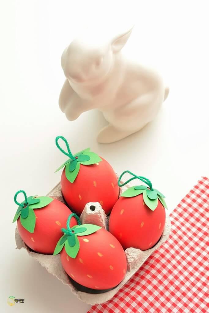 ягоди яйце за Великден 2015
