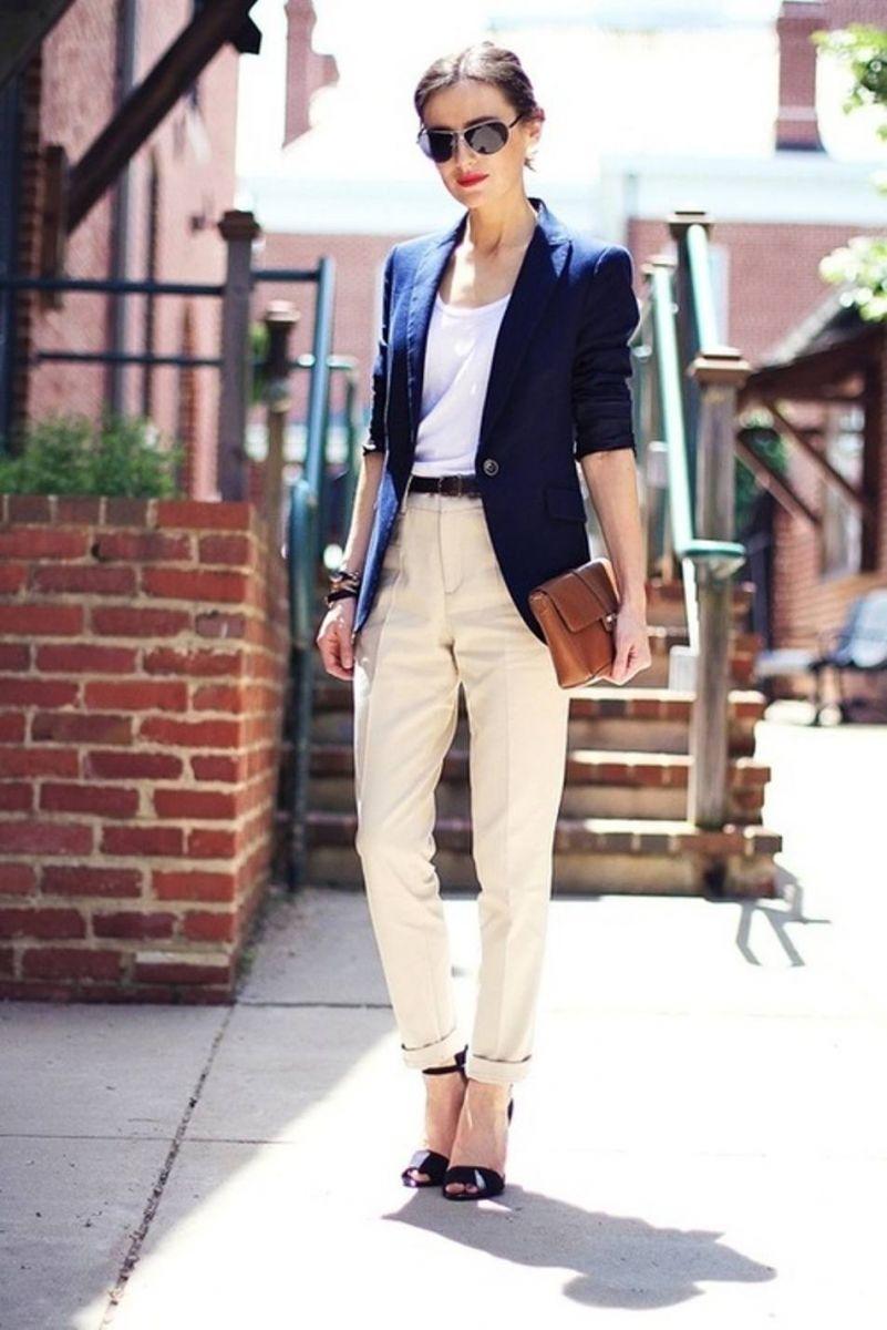 панталон чинос с блейзер