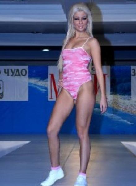 Андреа модел