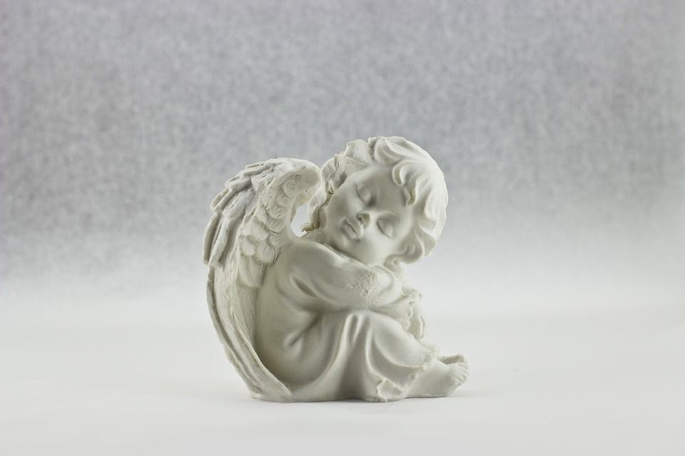 порцеланов ангел