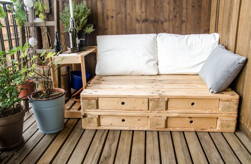 диванче от дърво