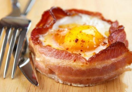 яйца с бекон