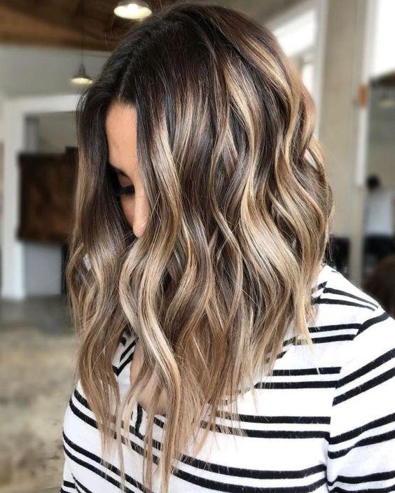 Резултат от изображение за къса коса на КАРЕ
