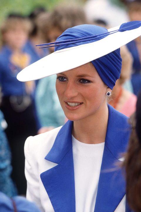 Даяна шапка