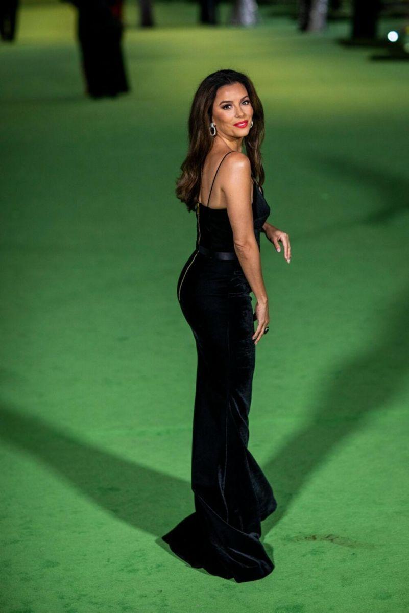 Ева Лонгория черна рокля
