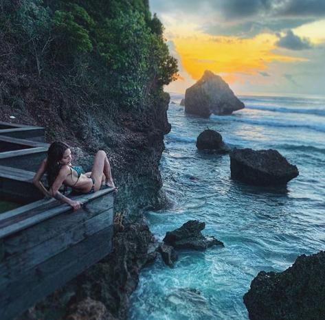 Есмер на Бали