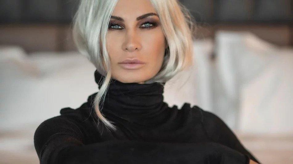 Цеци Красимирова блондинка