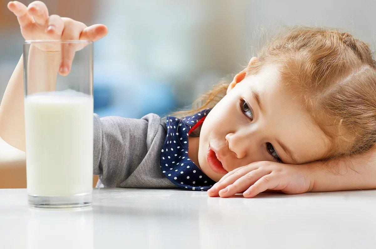 мляко чаша
