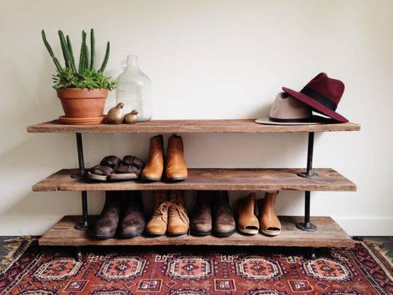 обувки в антрето