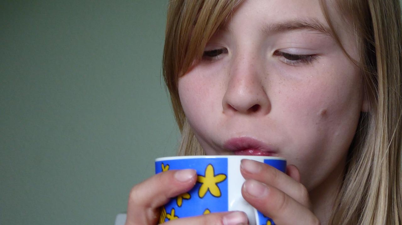 мляко с какао против кашлица