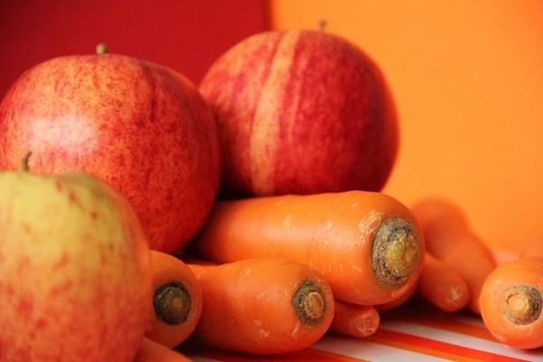 ябълки и моркови