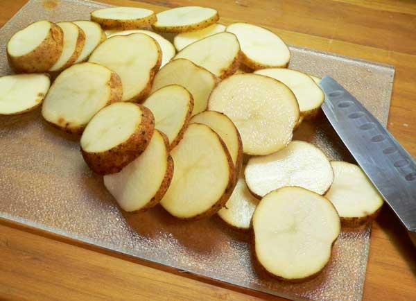 нарязани картофи