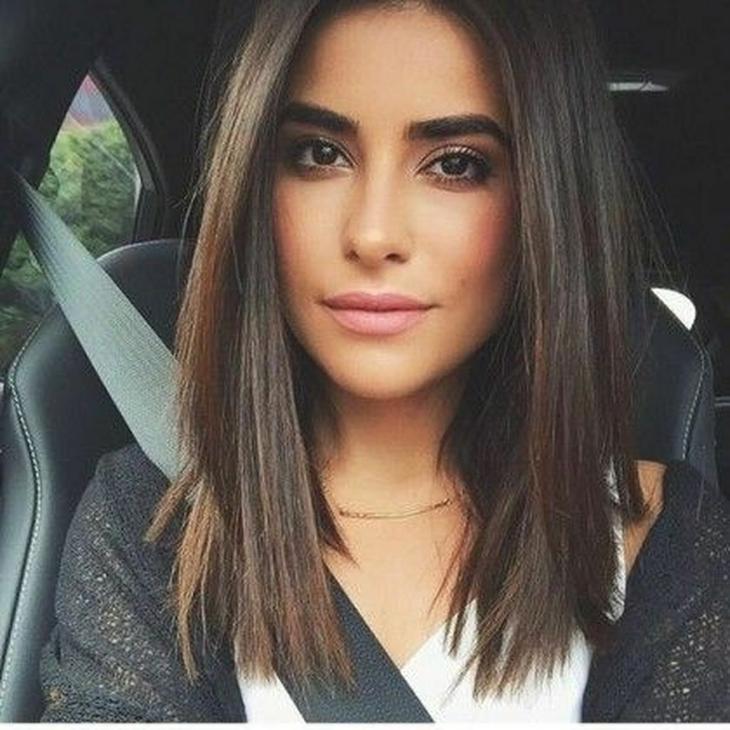 идеално права гладка коса