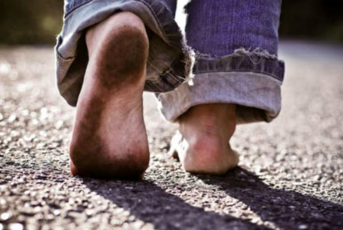 мръсни крака