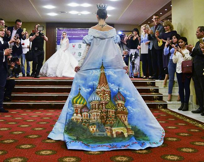 сватбена рокля Путин
