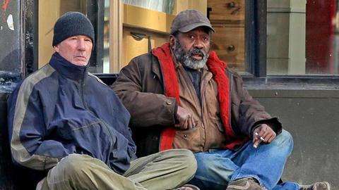 Ричард Гиър бездомник