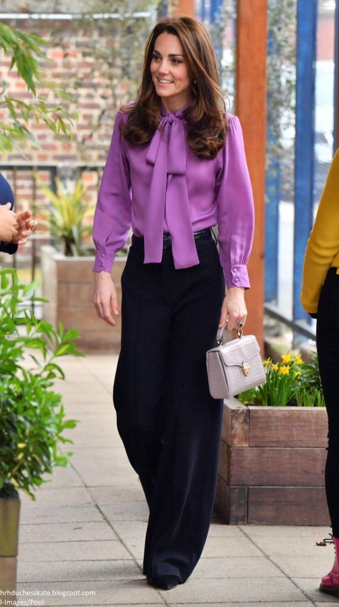 Кейт Мидълтън в лилаво