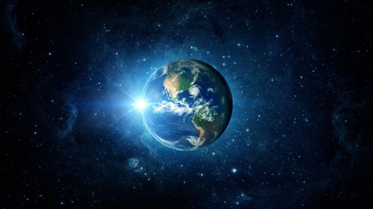 Земята се върти