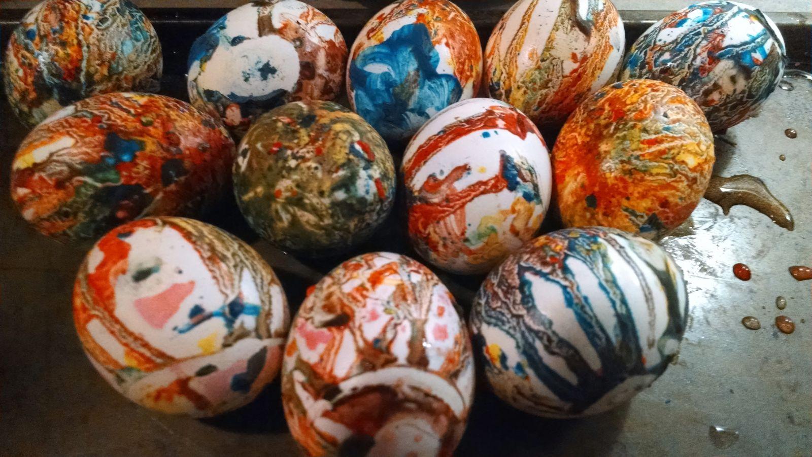 яйца-дъга разноцветни
