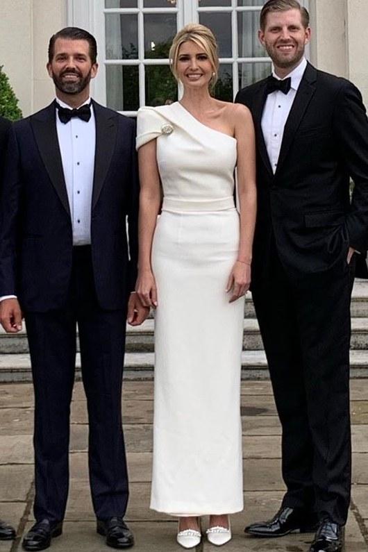 Иванка Тръмп бяла рокля красива