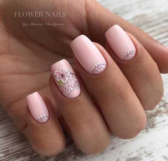 розов лунен маникюр къси нокти
