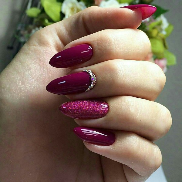 https://ladywomans.ru/wp-content/uploads/2017/10/manicure-trendy-11.jpg
